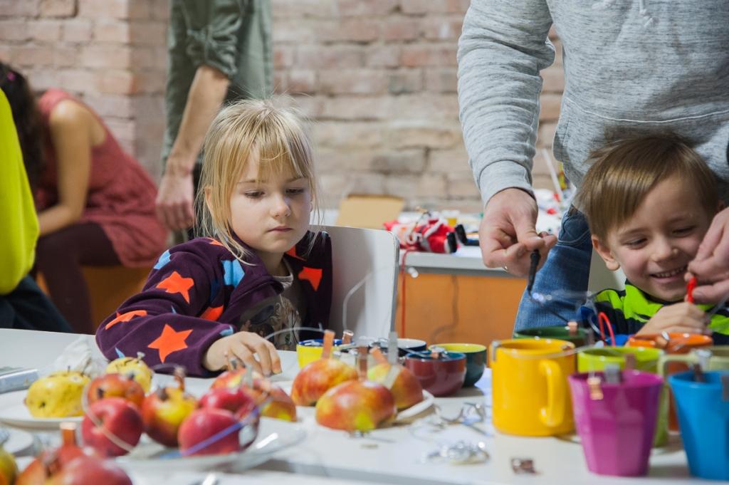 Открытые мастерские «iWeek» для детей и молодежи