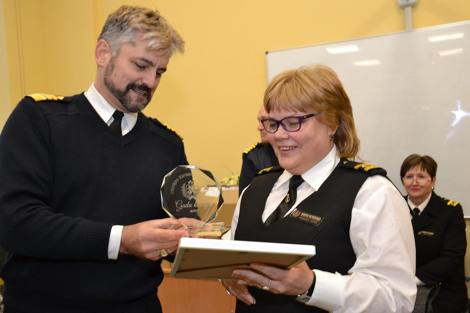 В морском колледже поздравили коллегу года