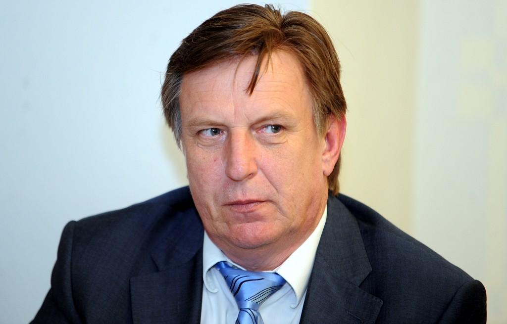 Кучинскис: репутация Латвии подорвана, но финансовая система стабильна
