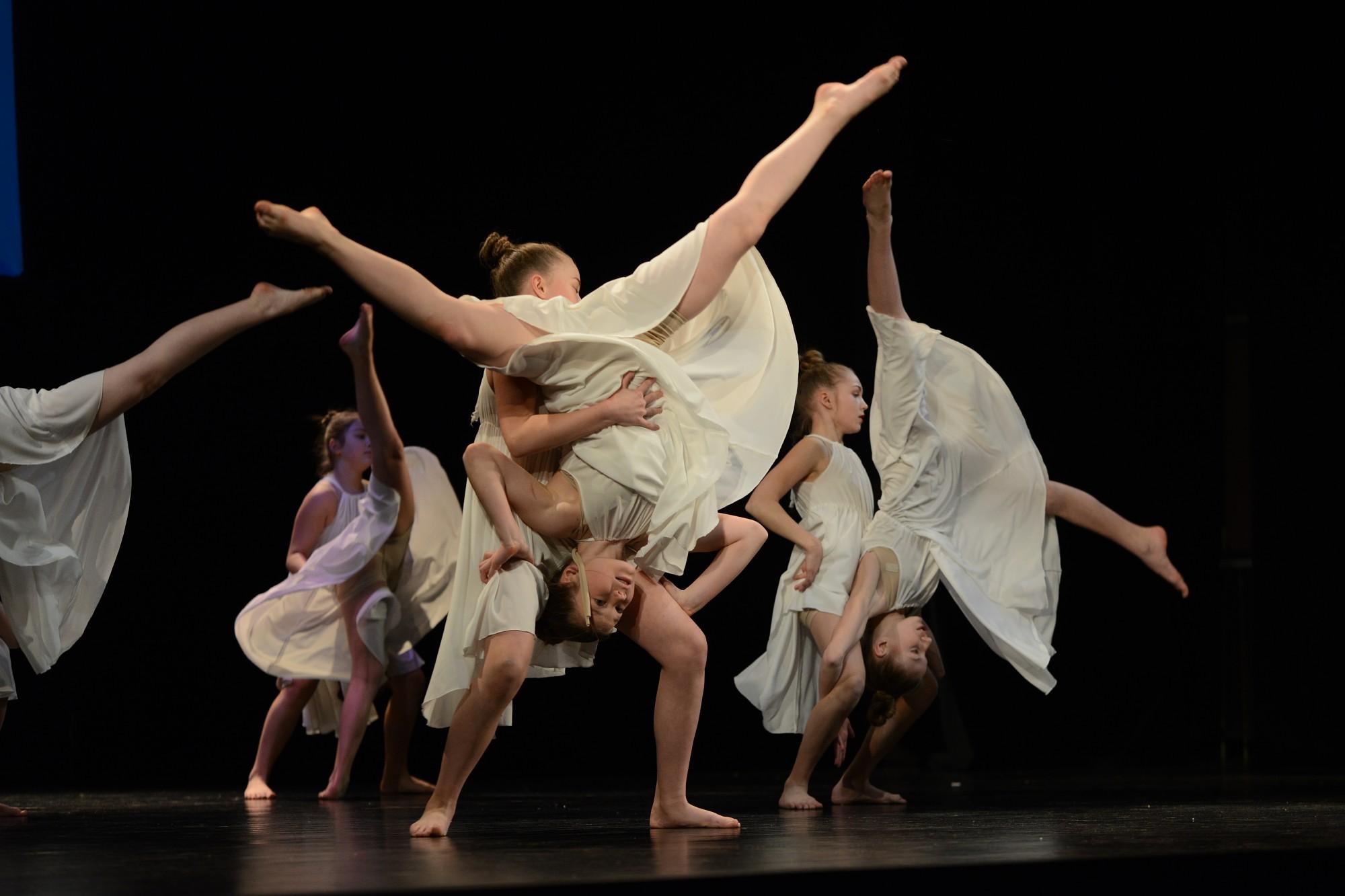 Состоялся городской конкурс современных танцев