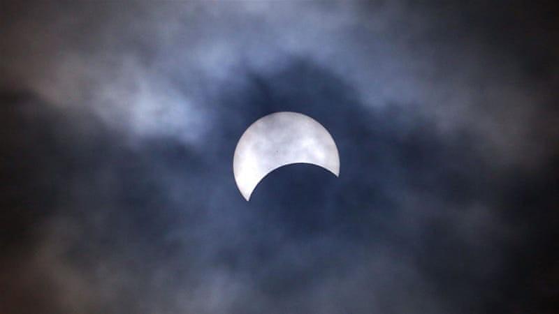 Сегодня будет наблюдаться полное лунное затмение