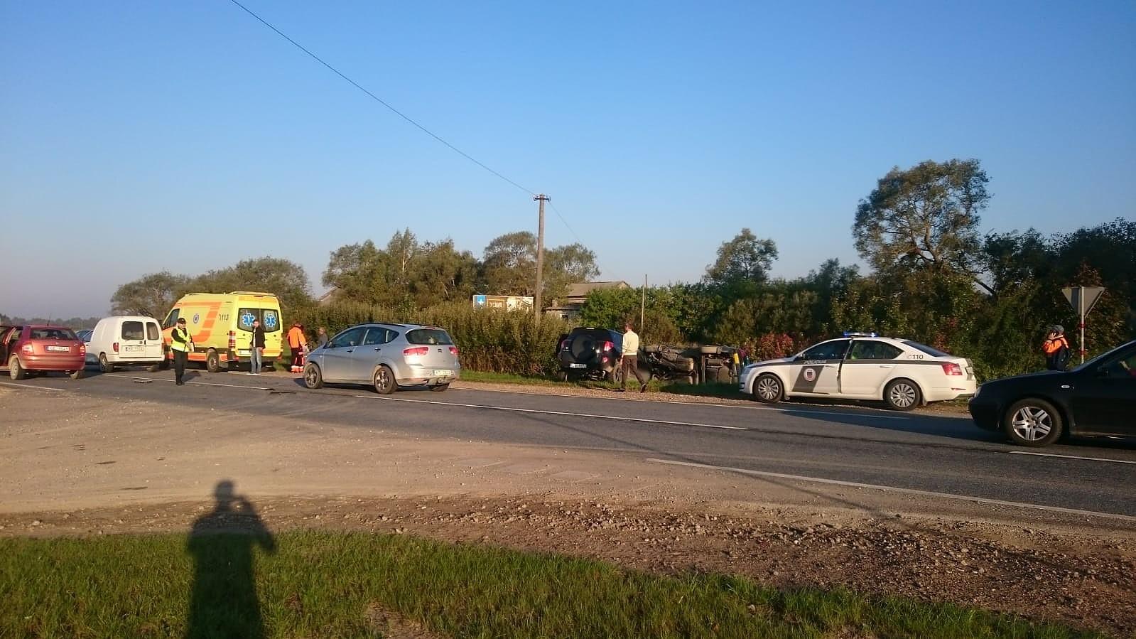 Дополнено – Утро начинается с тяжелой аварии возле Гробини