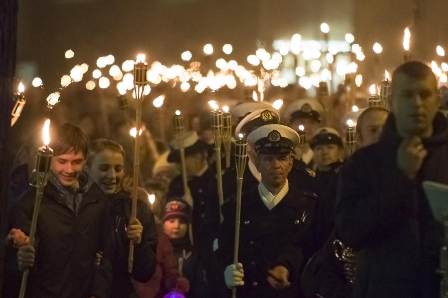 В воскресенье – факельное шествие дня Лачплесиса