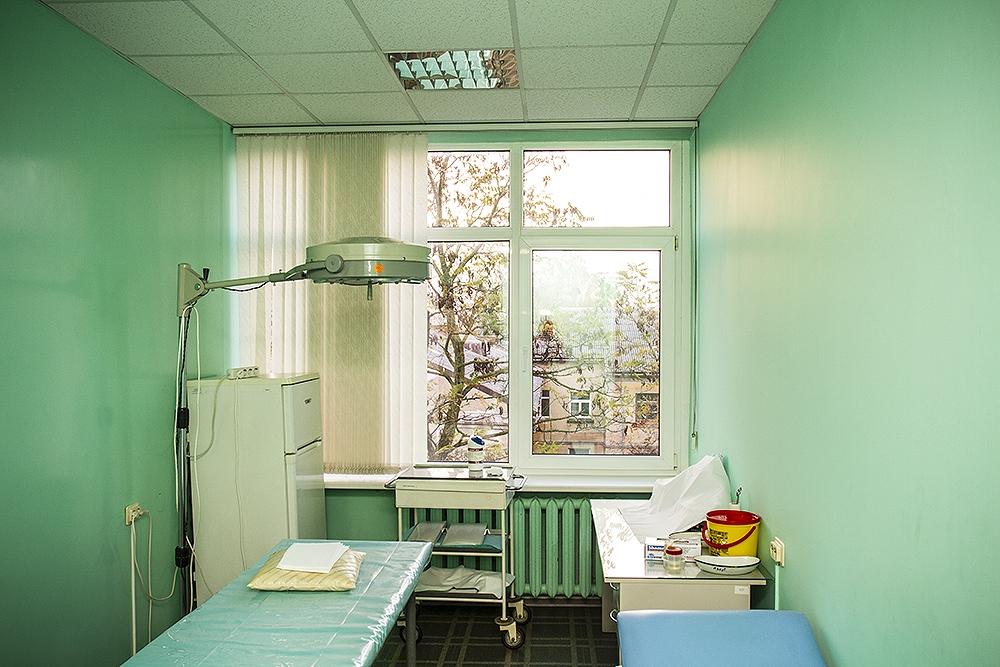 Комиссия Сейма поддержала отсрочку деления услуг здравоохранения на две корзины