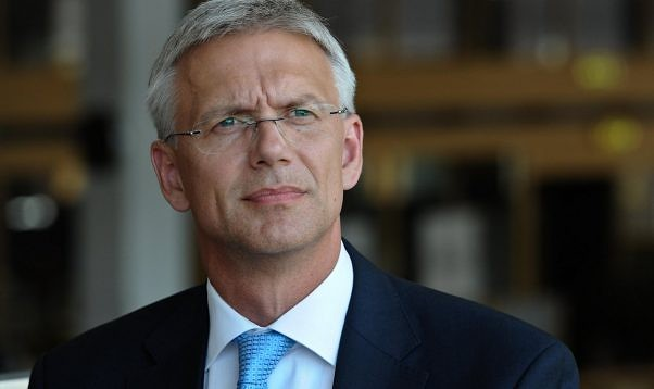 Президент доверил третью попытку сформировать правительство Кариньшу