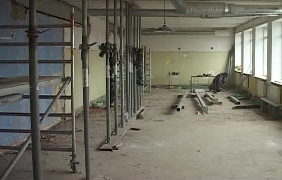 Реновацию 2-ой школы завершат лишь весной