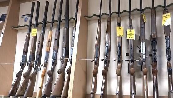Охотники готовы доверить ружья шестнадцатилеткам