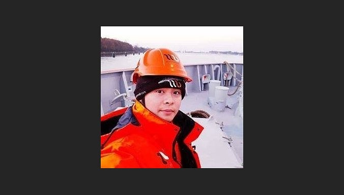 В порту за борт упал и пропал без вести филиппинский моряк