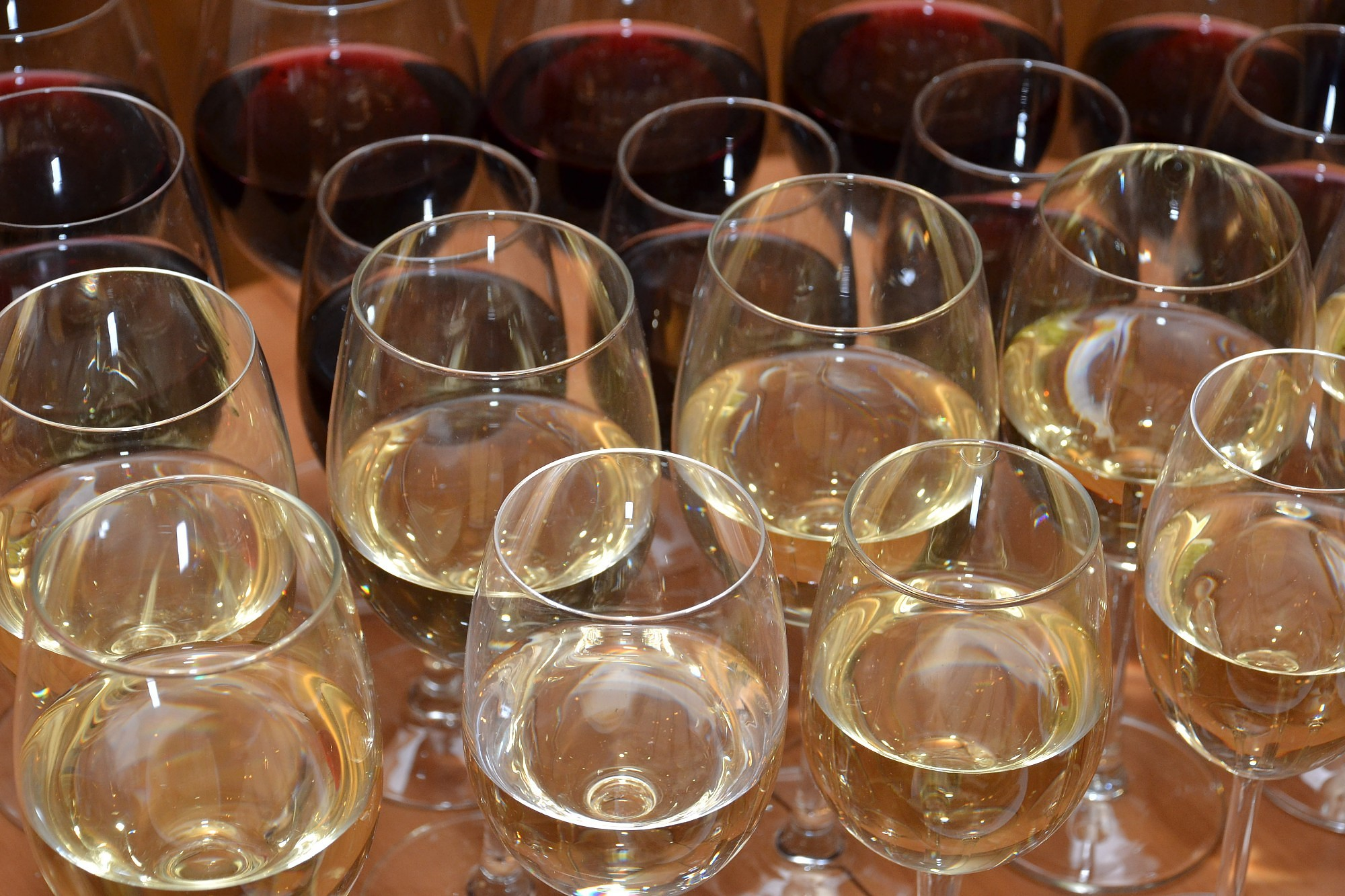 Сейм концептуально одобрил снижение на 15% акциза на крепкий алкоголь