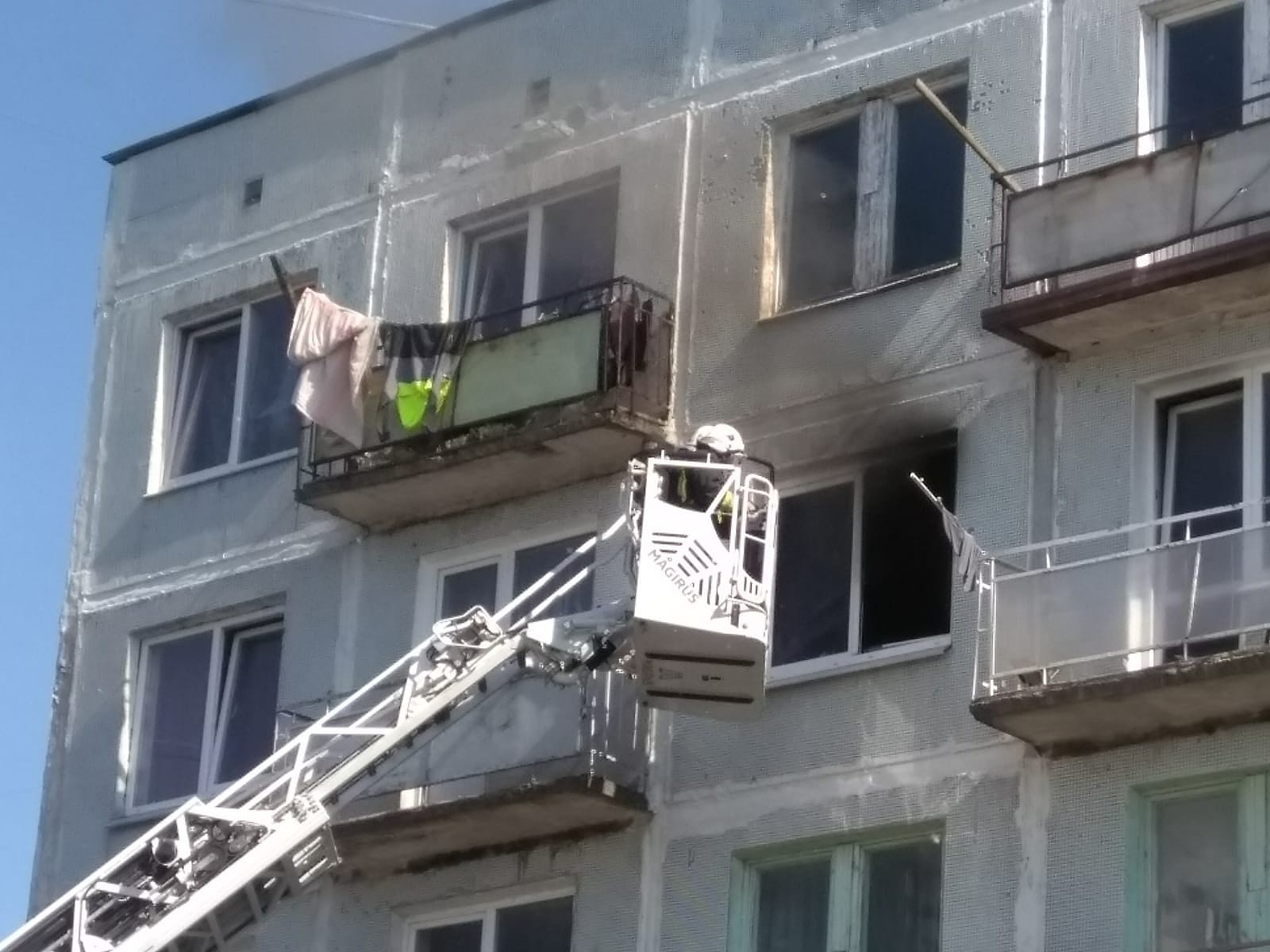 Из-за безответственности загорелась квартира