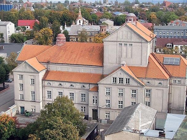 В Лиепайском театре снова надо чинить крышу