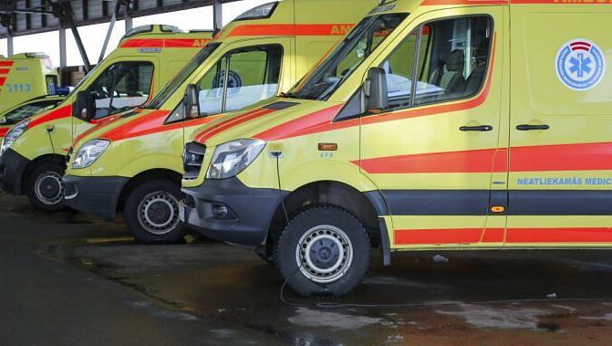 Необоснованный вызов станет дороже: В Латвии приняты новые тарифы скорой помощи