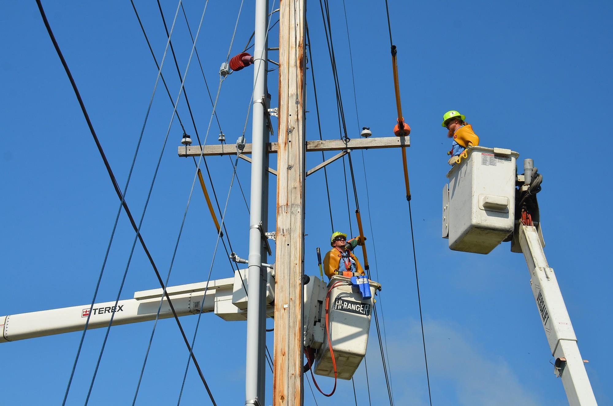 Дополнено – электроснабжение клиентам в Лиепае восстановлено