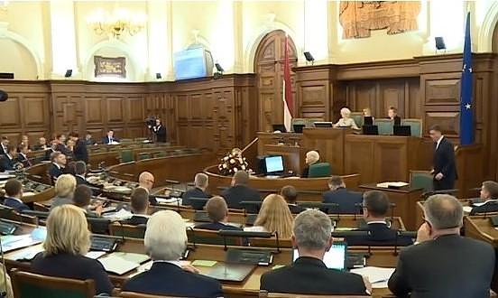 Правительство перенесло принятие решения по бюджету на следующую неделю