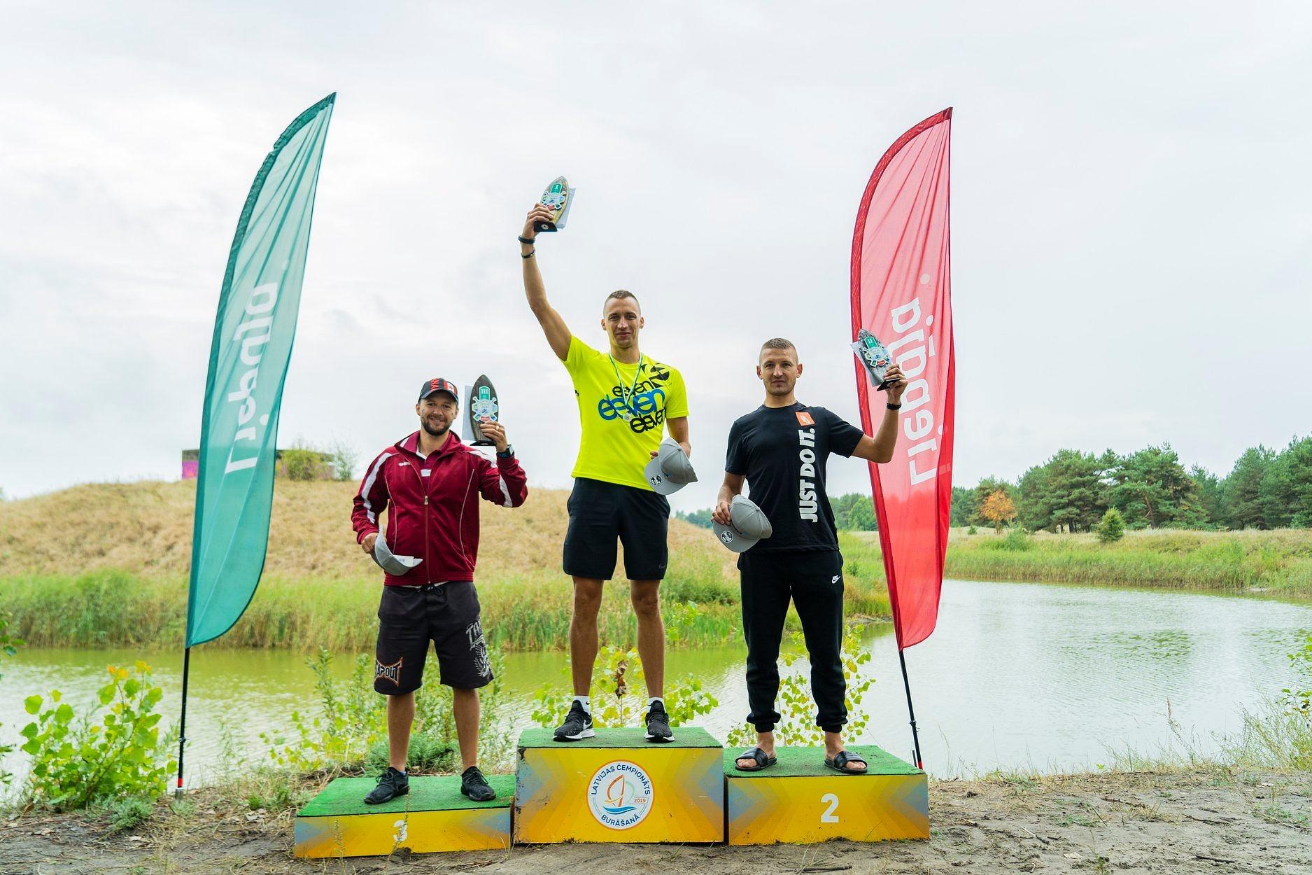 "На заключительном этапе ""Лиепаяс ириенс"" победили Сандия Сорокина и Дзинтарс Скрундиниекс"