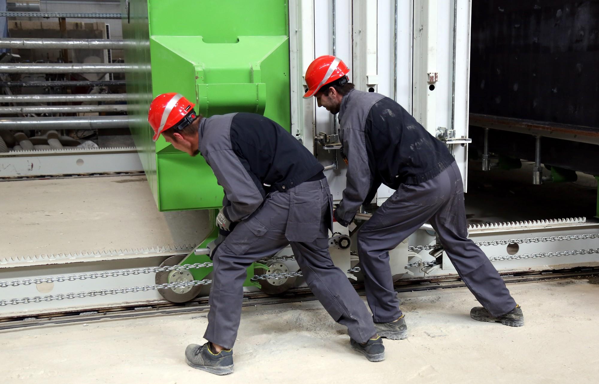 Уровень безработицы в Латвии в конце августа уменьшился до 5,9%