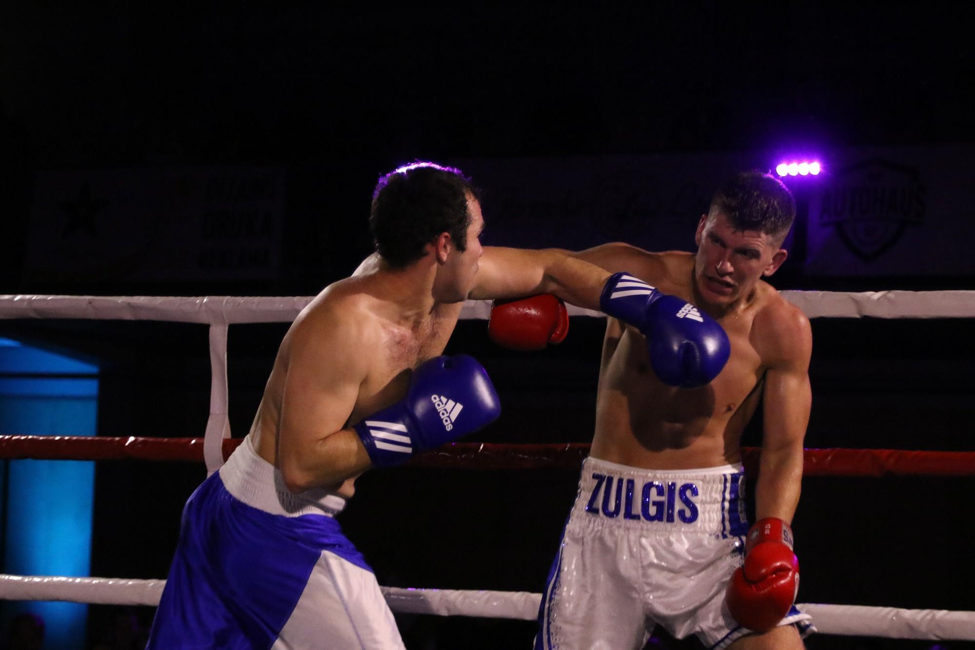 Фото: В шоу борьбы  «Fight Night Liepāja» участвуют лучшие лиепайские спортсмены