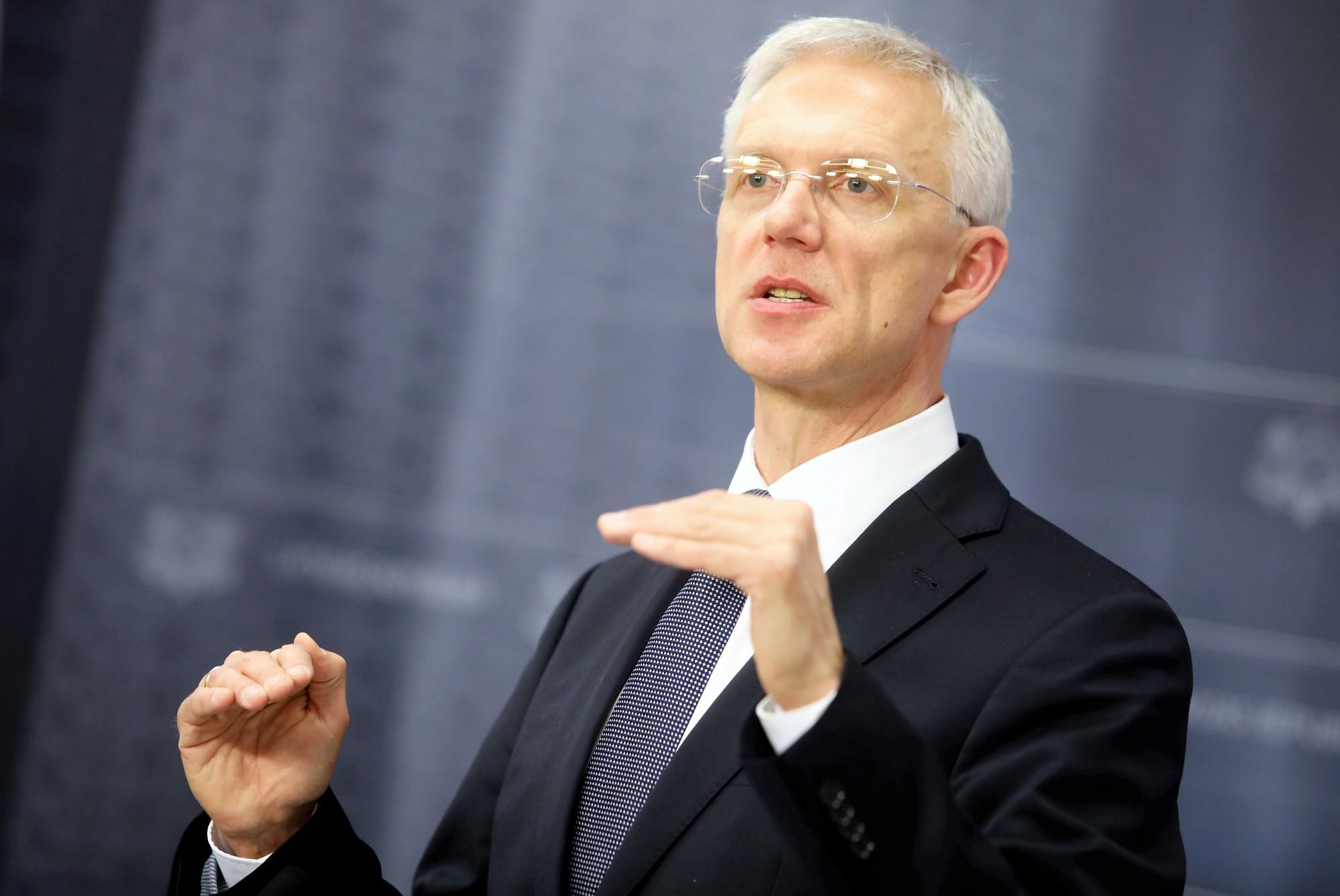 Кариньш: бюджет 2020 года — лишь маленький шаг в направлении к скандинавскому уровню благосостояния