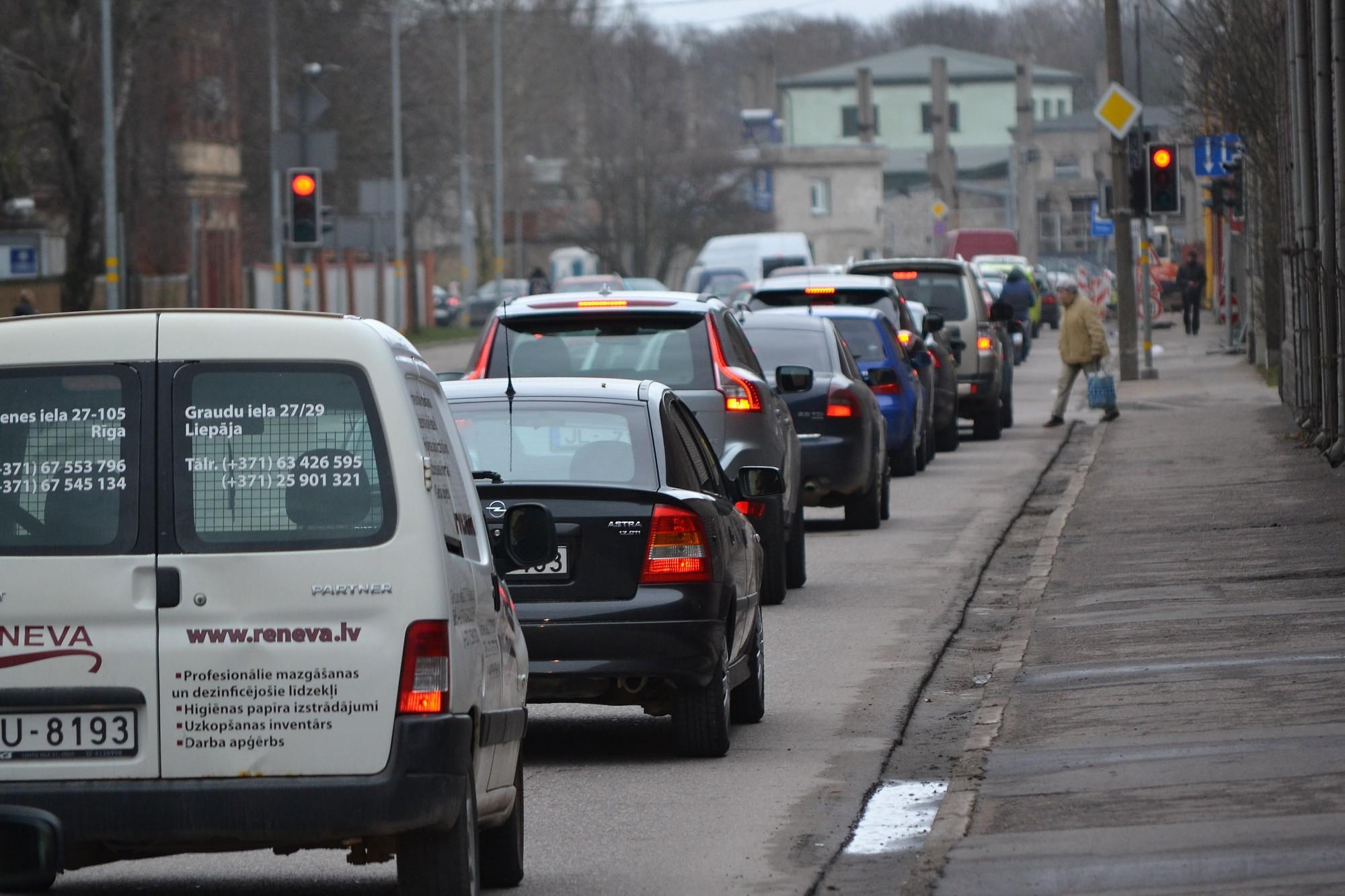 Газета: планируется рост налогов для автовладельцев