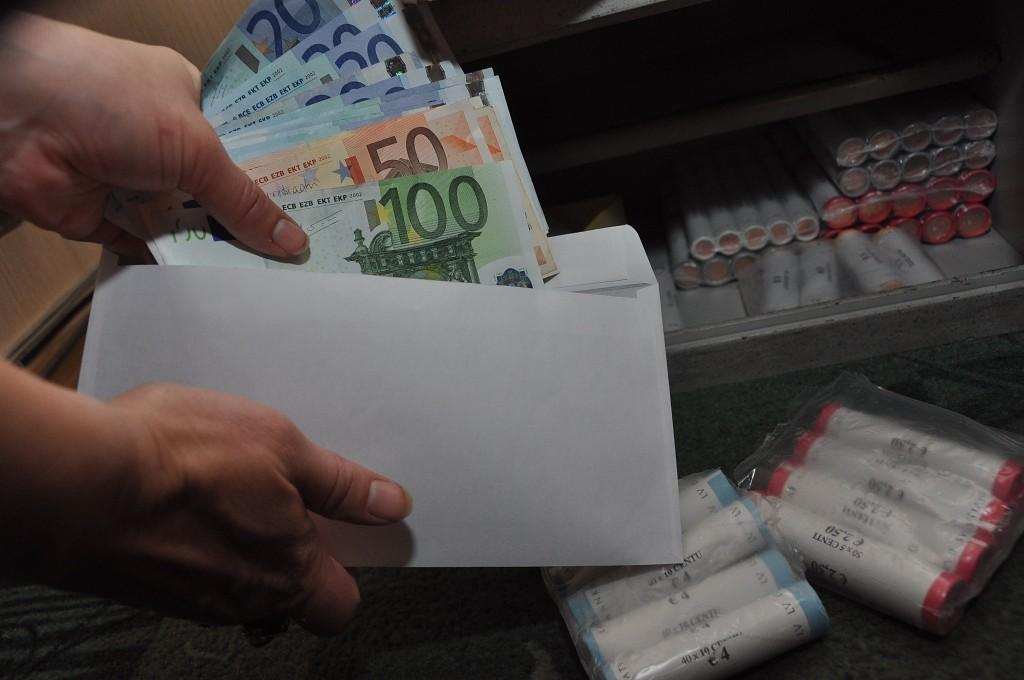 СГД раскрыла преступную группировку, «отмывшую» более миллиона евро