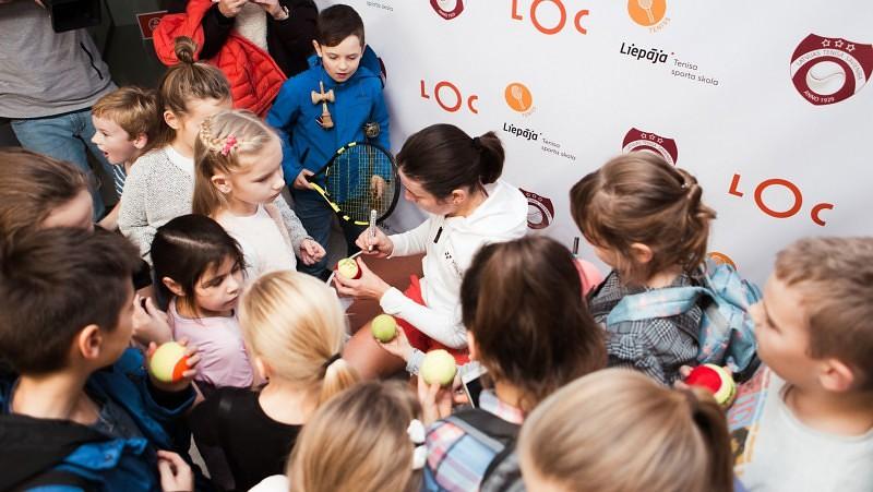 Севастова гостит в Лиепае: провела общую тренировку и раздала автографы