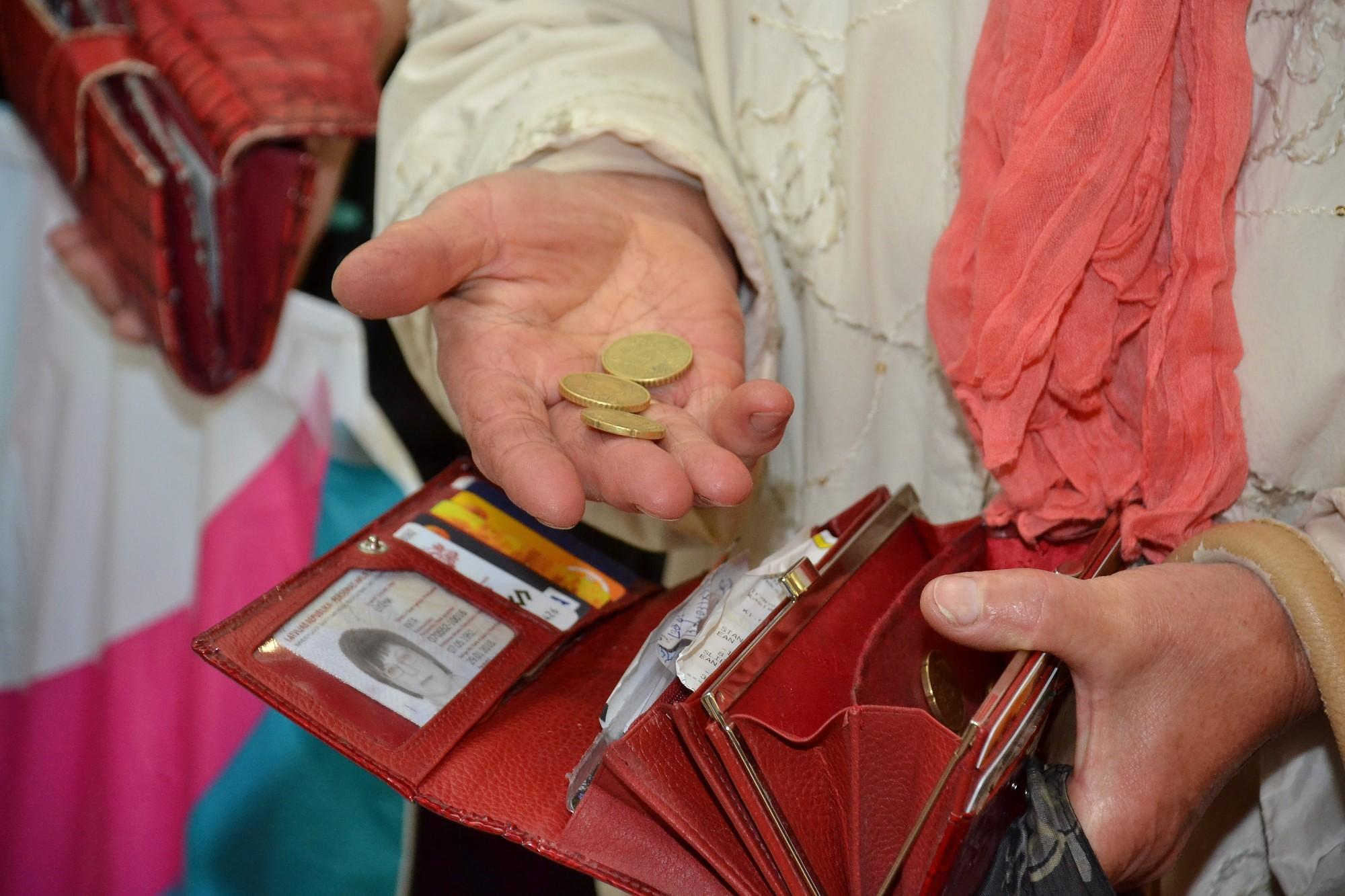 В следующем году 20 000 человек будут получать минимальную пенсию в размере 88-208 евро