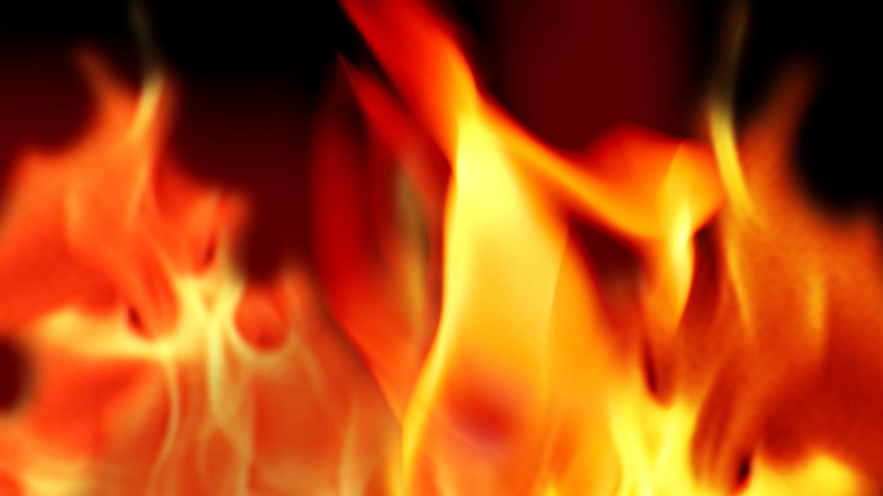 В Гробиньской волости горело одноэтажное здание