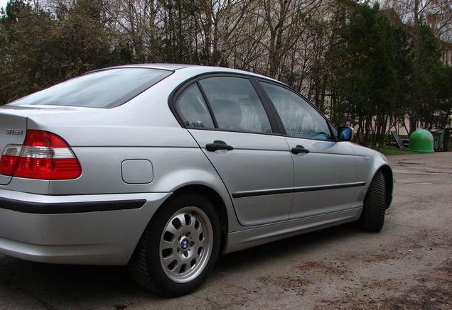 На улице Райня столкнулись две машины «BMW»