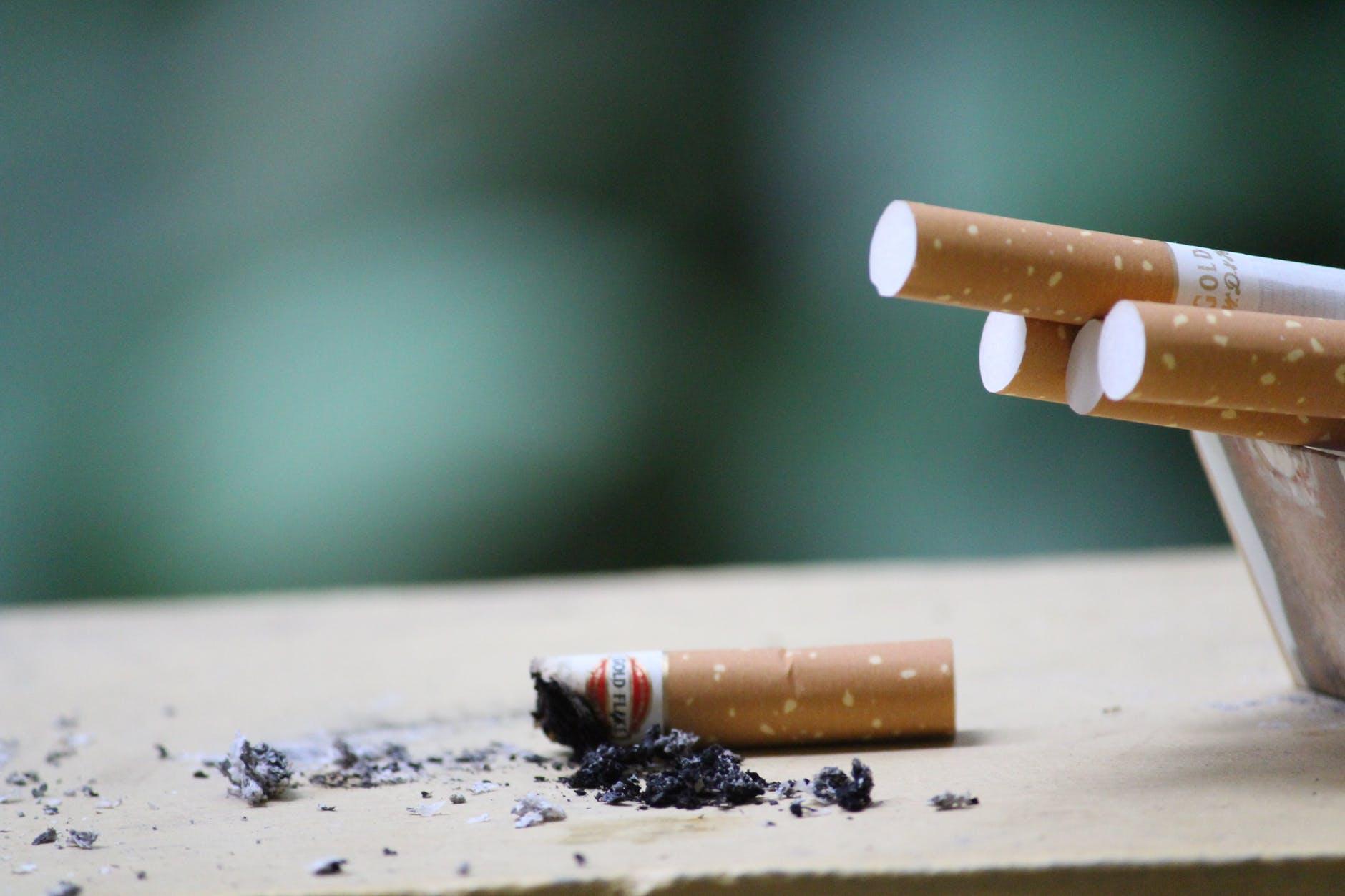 Предлагается постепенно повышать акцизный налог на табачные изделия