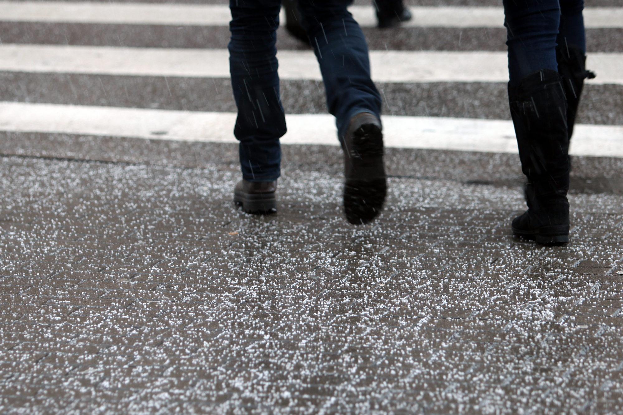 На пешеходном переходе сбита девочка