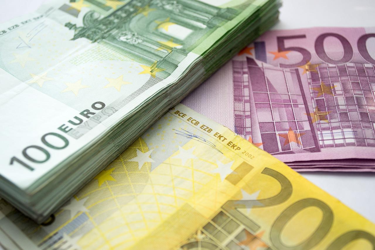 Выплата пособий за простой 465 тысячам жителей обойдется в 130 миллионов евро