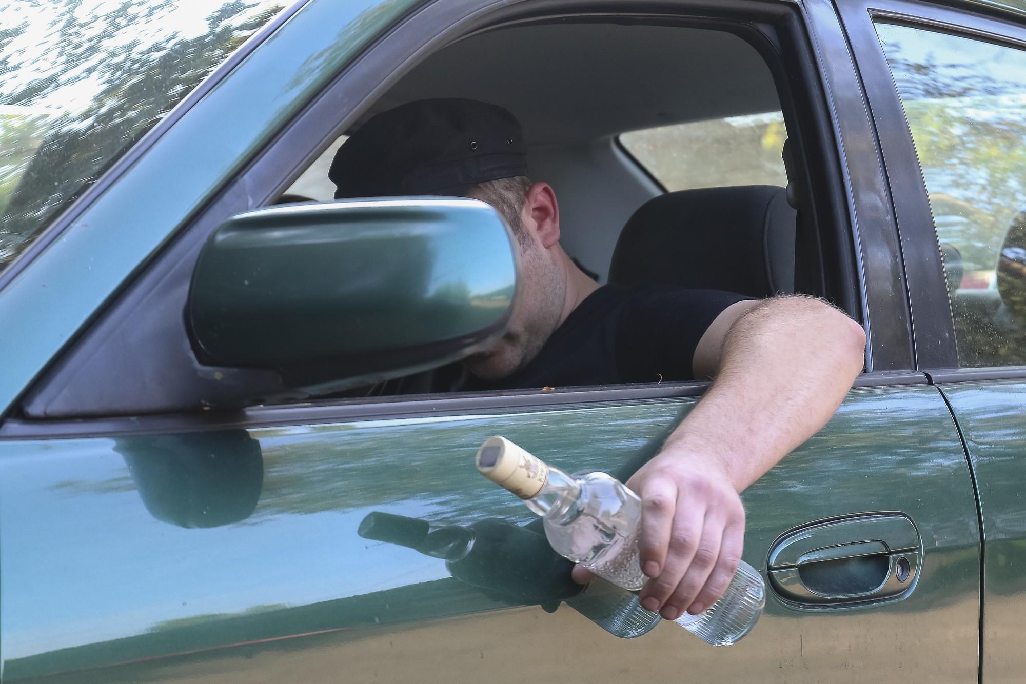 В Лиепае пойманы несколько нетрезвых водителей, на ул.Пулвера – с 3,58 промилле