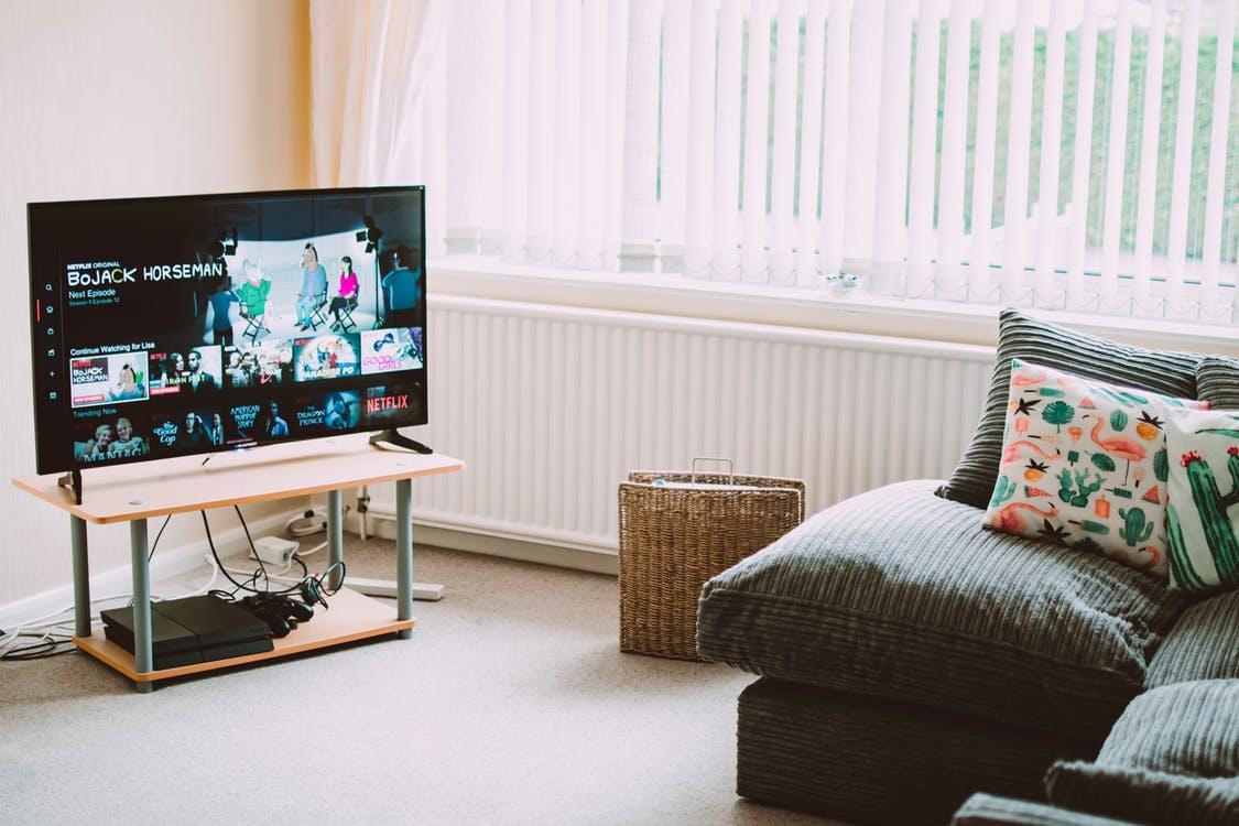 Дистанционное обучение будут развивать с помощью двух телевизионных каналов