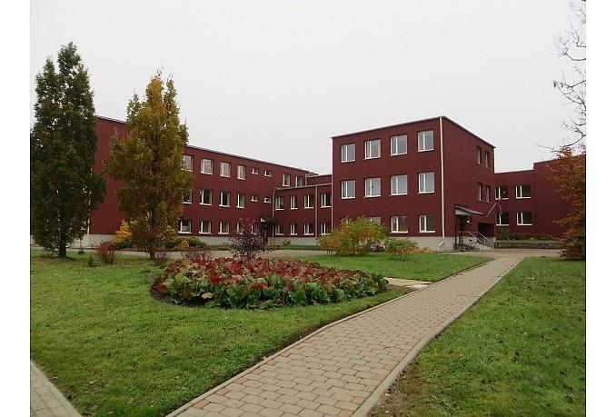 Вандалы устроили погром в Дурбской основной школе