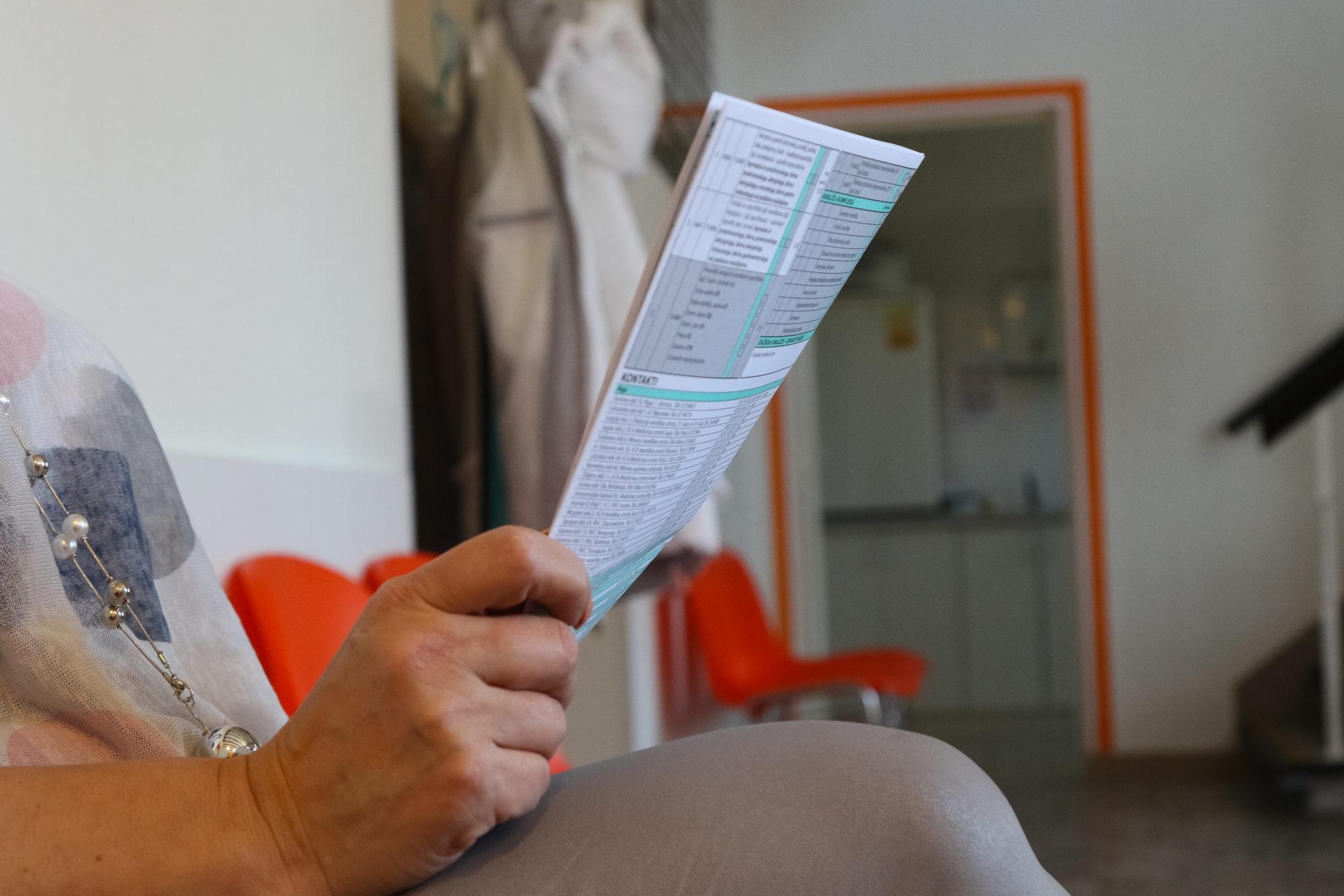 Минздрав предлагает за семь лет постепенно повысить зарплату врачей до 3833 евро