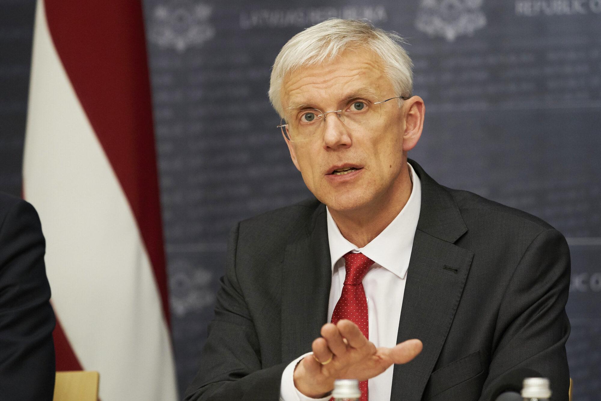 Кариньш: цель правительства — отменить в июне чрезвычайное положение
