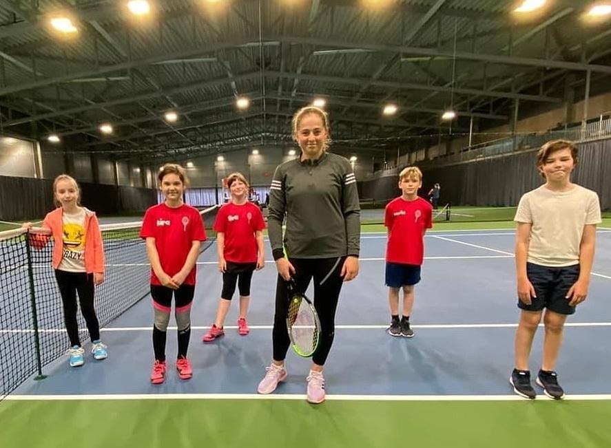 Алена Остапенко тренируется в Лиепае