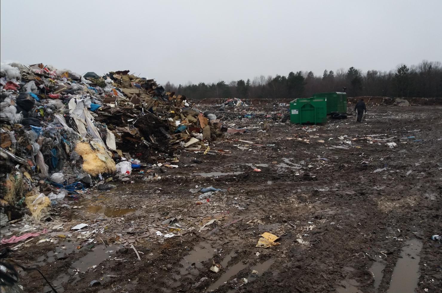 Произведенную из отходов энергию используют для сушки дров