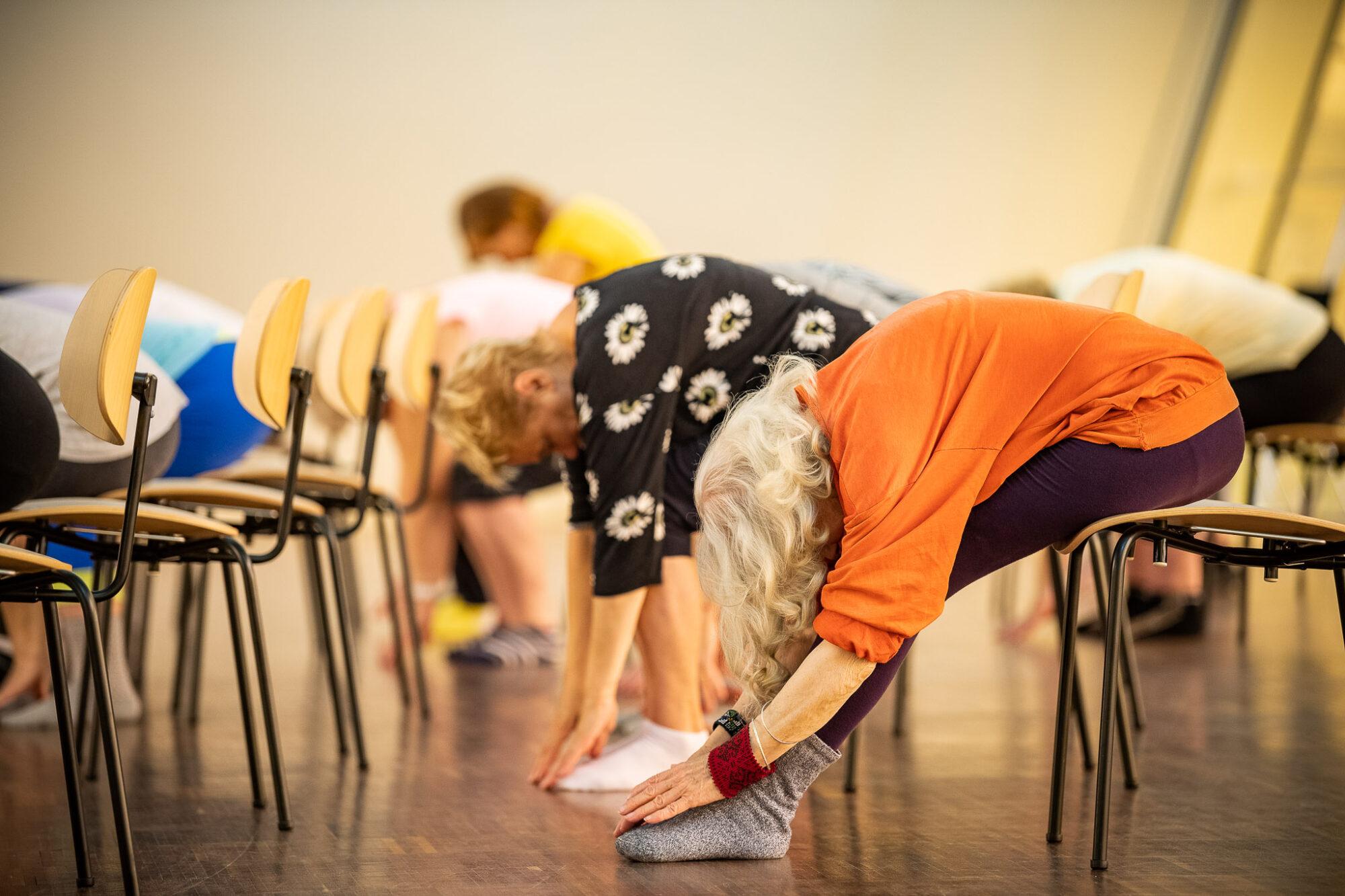 Жители старше 54 лет приглашаются присоединиться к бесплатным занятиям гимнастикой