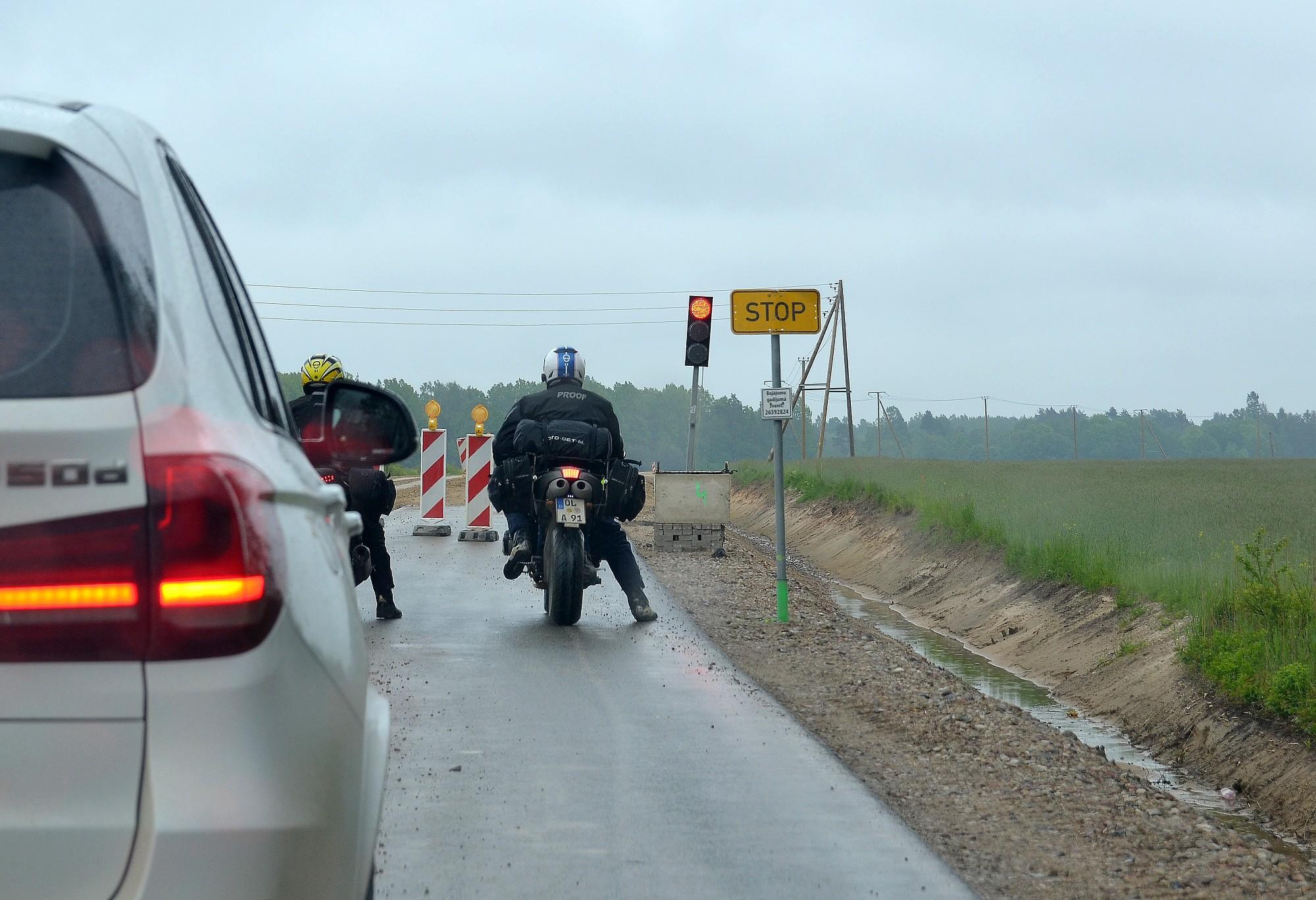 Вложив неполные два миллиона евро, в Гробине реконструировали несколько участков дорог