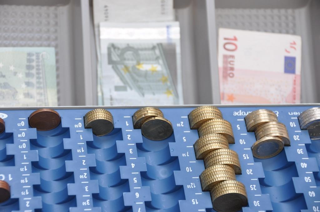 Минблаг предлагает поднять базу пенсии по старости с 80 до 163 евро