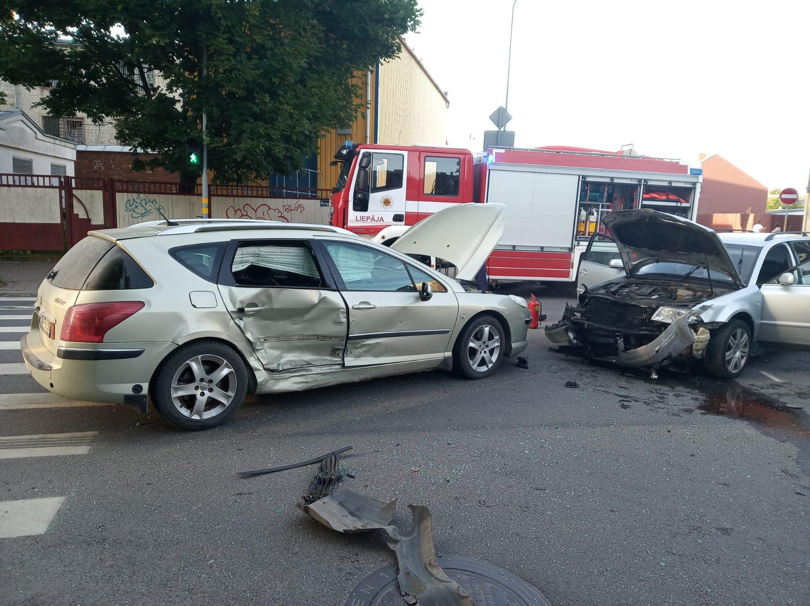 В аварии на перекрестке улиц Ганибу и Кунгу пострадал ребенок