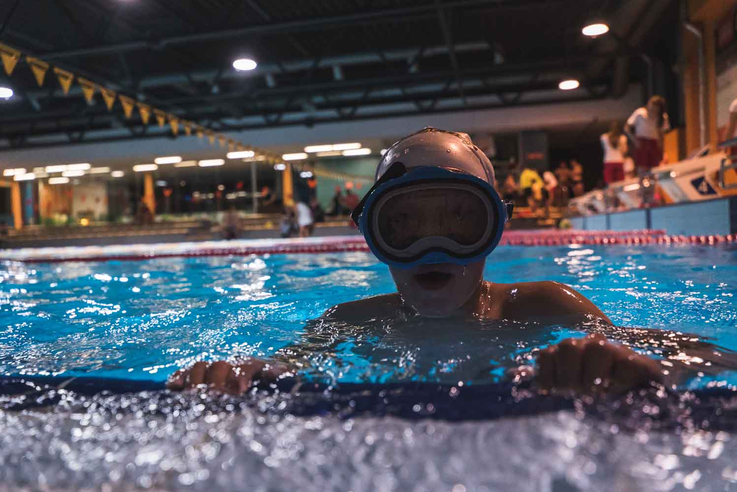 Традиционный Ночной заплыв – в ином формате