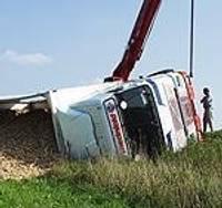 В опьянении перевернул грузовик