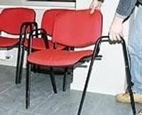 В полиции ломают стулья