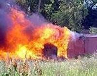Сгорели гаражи