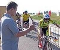 Умение демонстрируют ветераны велоспорта