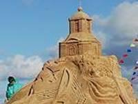 Песчаные композиции на пляже
