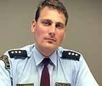 С полицейского требуют объяснений за работу за границей