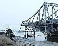 Продолжается реконструкция моста Военного городка